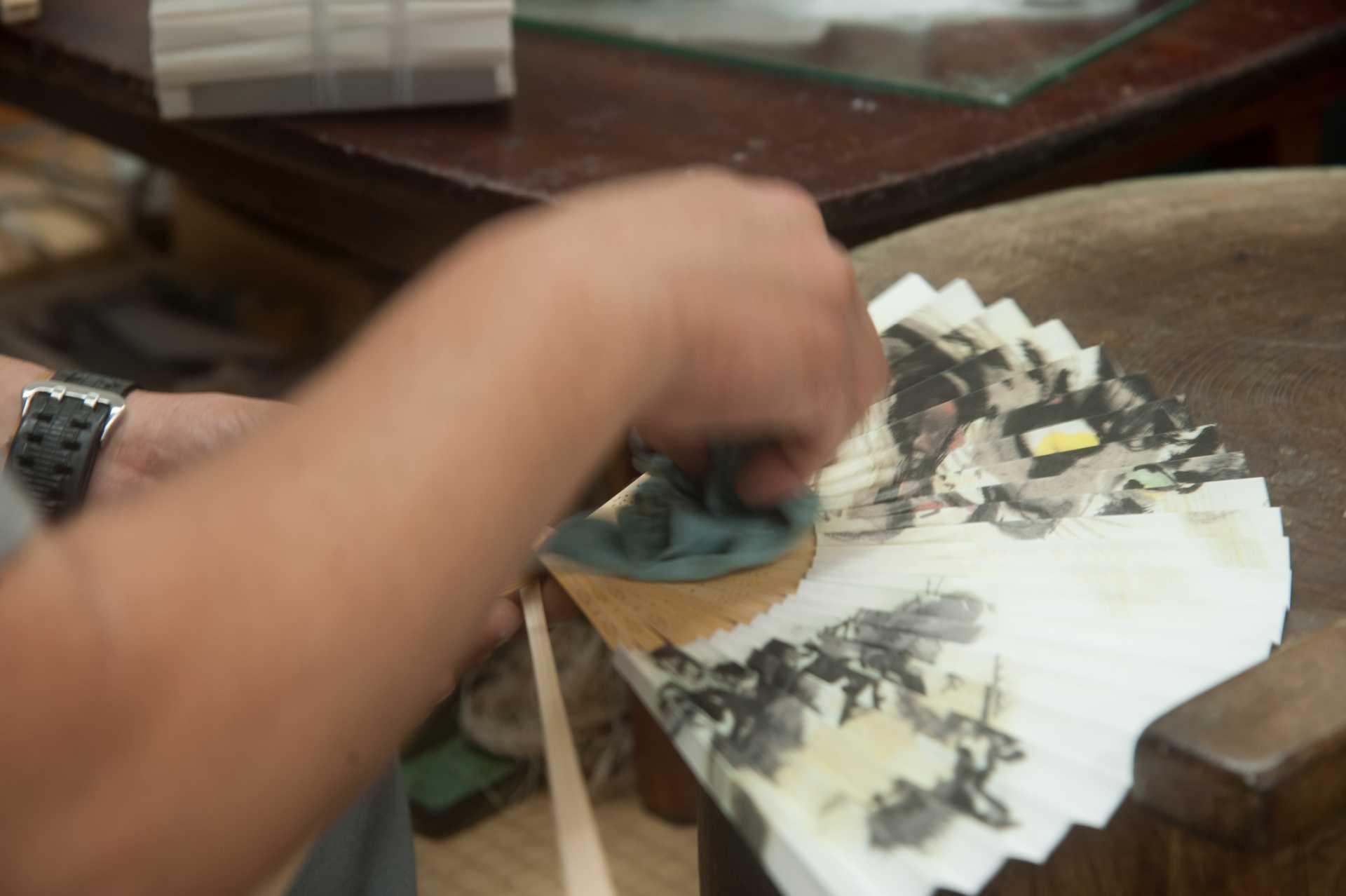 扇子の製造工程イメージ2